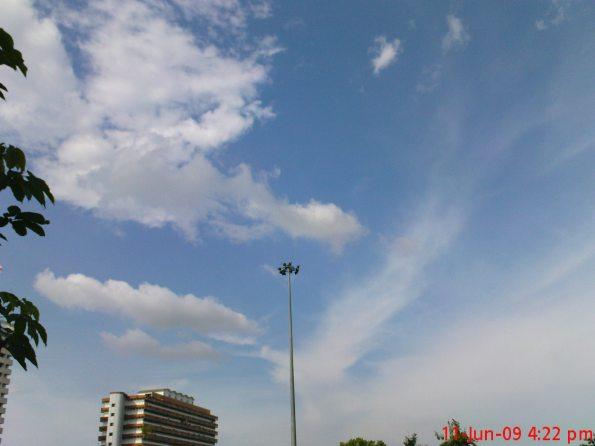 110609 Sky - Landscape mode
